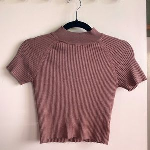 kendall & kylie mauve ribbed mock neck crop top